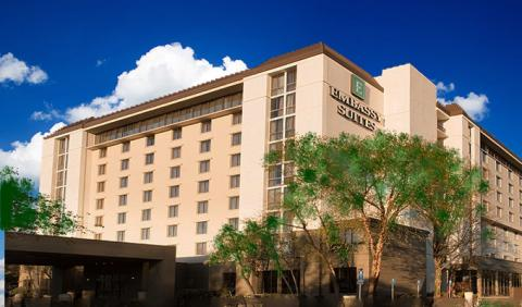 Nashville Hotels - Embassy Suites near BNA Airport