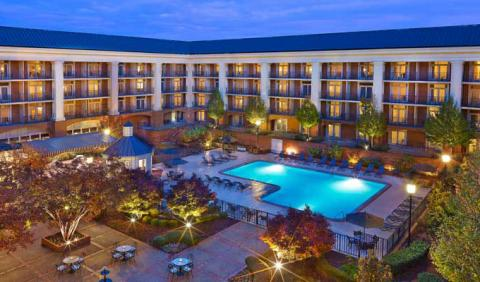 Great hotels near the airport in Nashville Music City Sheraton