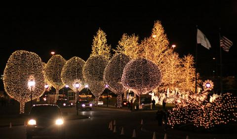Where to view Christmas Lights in Nashville and Middle Tennessee