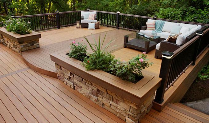 Unbelivelable backyard deck in Nashville