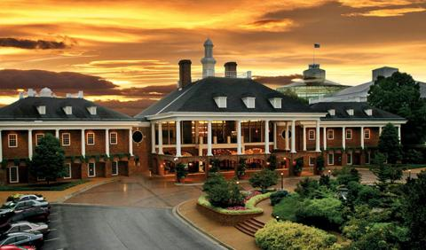 Nashville Opryland Hotel - a favorite spot of Music Lovers and Families