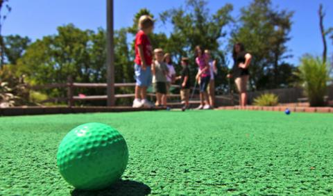 Great Family Activities like Putt Putt Golf
